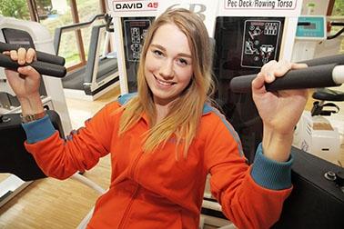 Jennifer beim Sport.jpg