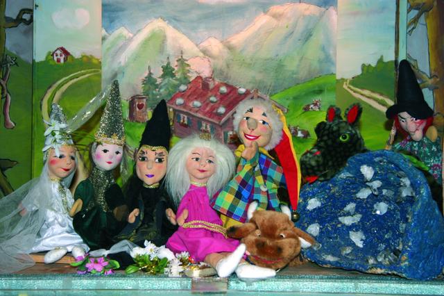 Kieferer Puppentheater von Frau D. Dengg