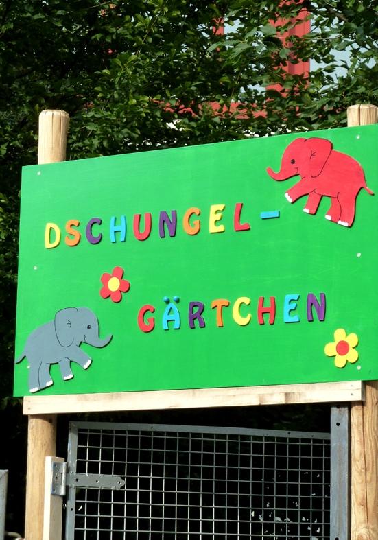 Mosaik fuer den Garten_Insektenhotel_SamenBomben selbst gemacht.JPG