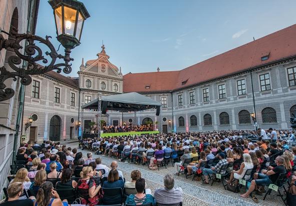 Muenchner Open Air Sommer.JPG