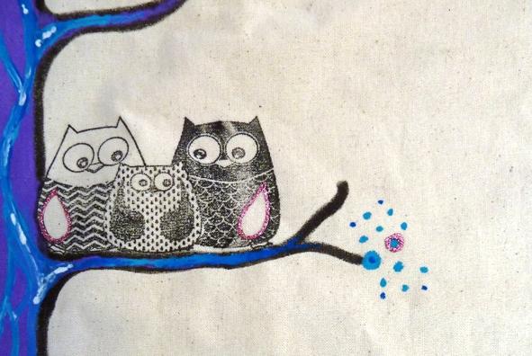 Gestalten mit Stoffmalfarbe Textilspray und Textilstempeln.jpg