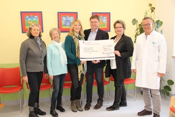 Familie Zosseder unterstuetzt die Kinderklinik in Rosenheim.jpg