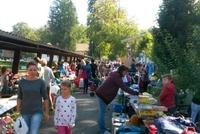 zweiter grosser familien-flohmarkt.jpg