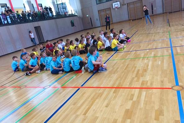 Team der Heufelder Justus-von-Liebig-Schule gewinnt die Basketball-Grundschulliga_1.jpg