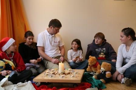 Johanniter begleiten trauernde Familien in der Weihnachstzeit.JPG