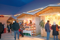 Christkindlmarkt im Schlosshof.jpg