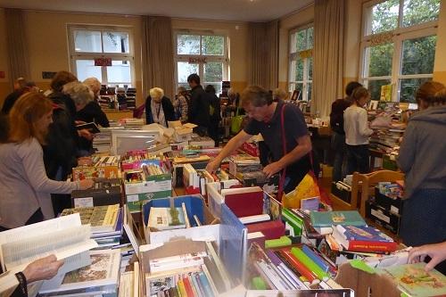 Bücherflohmarkt 2018 (1).jpg