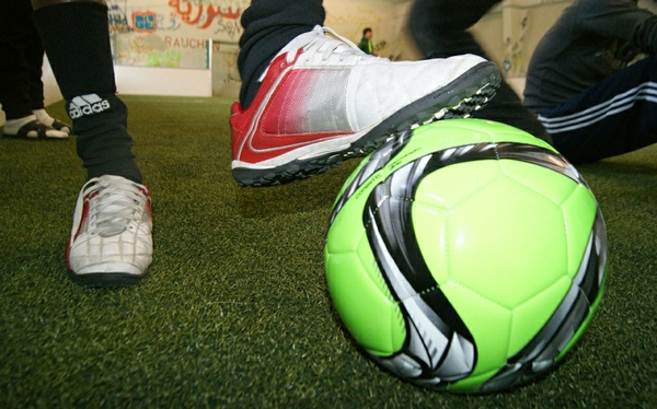 KJR-Hallenfußballcup_Hallenkick_300dpi.jpg