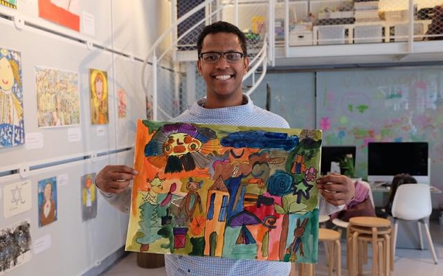 Inklusionswerkstatt_Künstler-Michel-21-Jahre.jpg